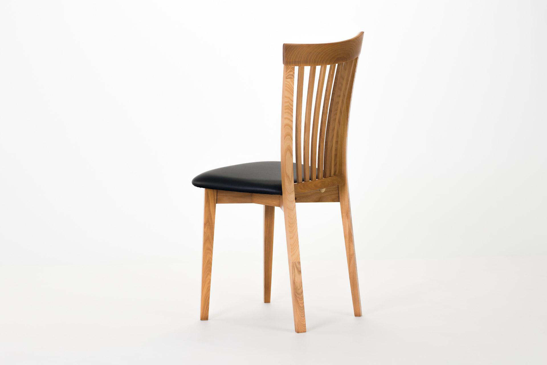Дерявянный стул киев