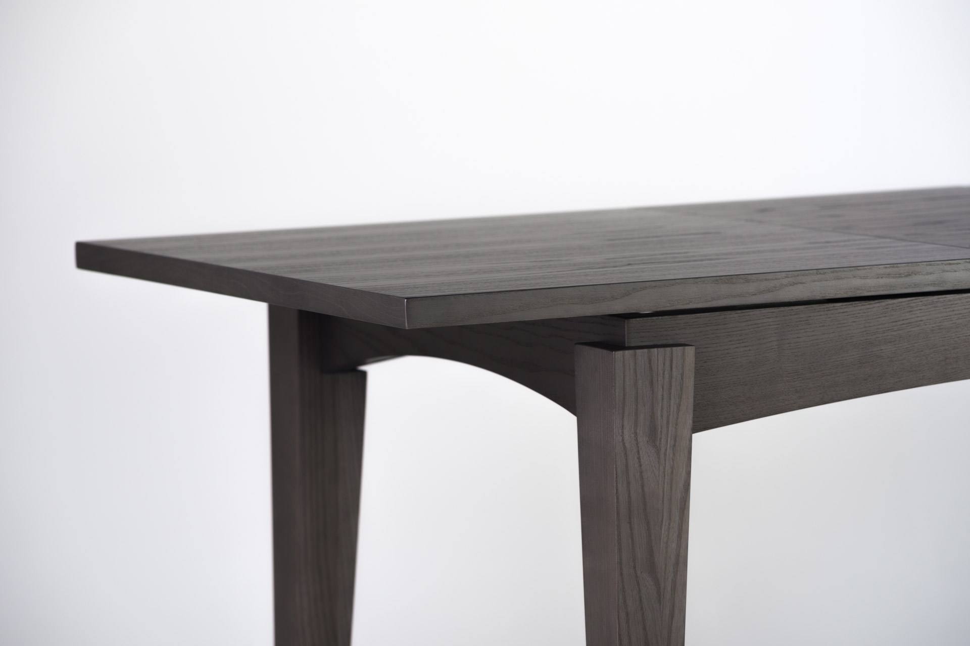 Столешница кухонного стола Бруклин, с квадратными ножками черного цвета
