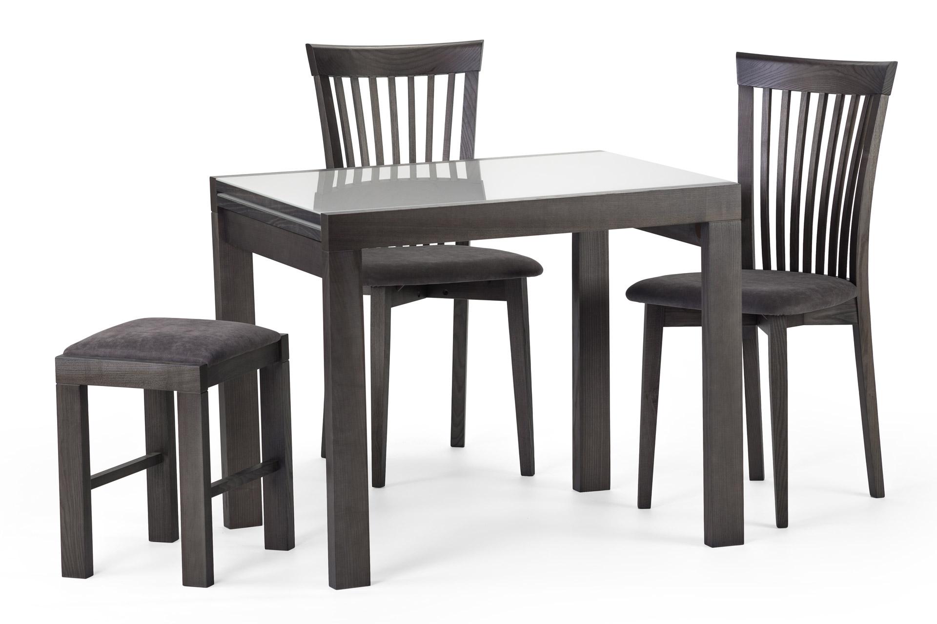 Кухонный стол и стулья купить киев