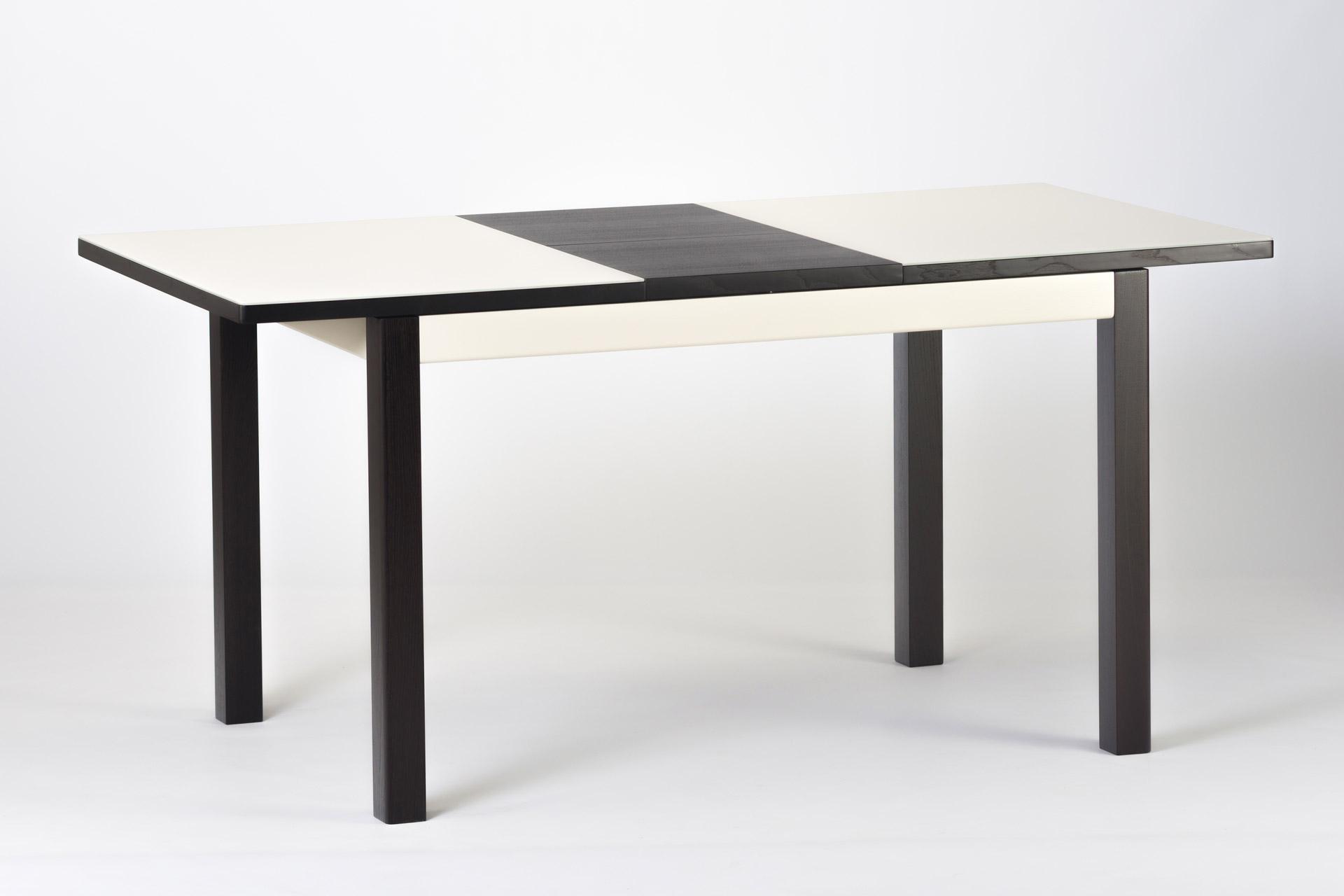 """Раскладной прямоугольный кухонный стол """"Фишер-обновленный"""" бежевая стеклянная столешница и черные ножки с твердого дерева. Разложенный"""
