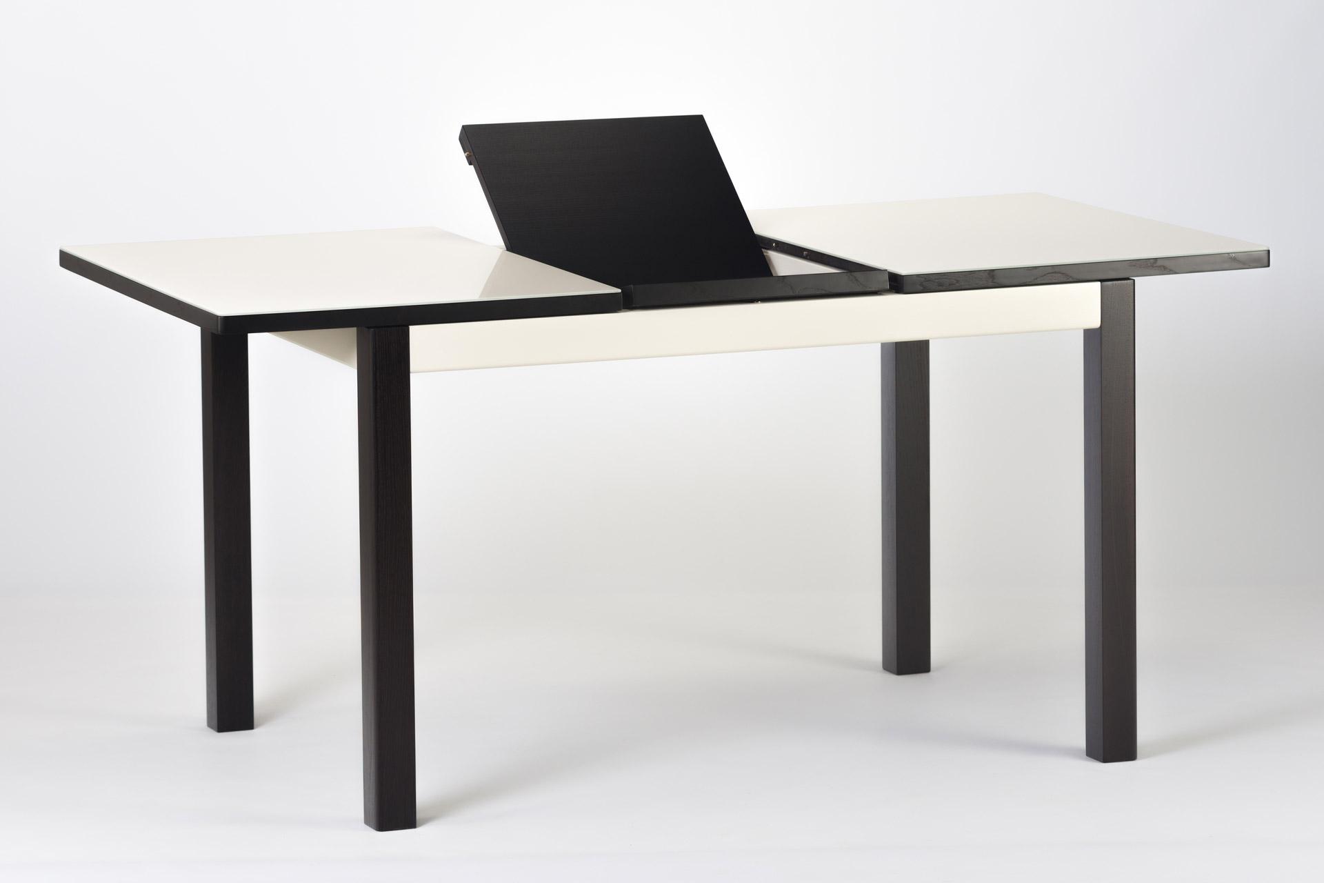 """Раскладной прямоугольный кухонный стол """"Фишер-обновленный"""" бежевая стеклянная столешница и черные ножки с твердого дерева. С механизмом раскладки столешницы"""