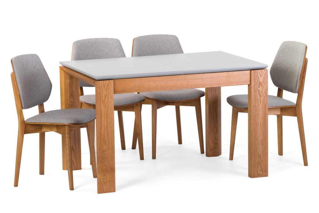 Кухонный стол и стулья