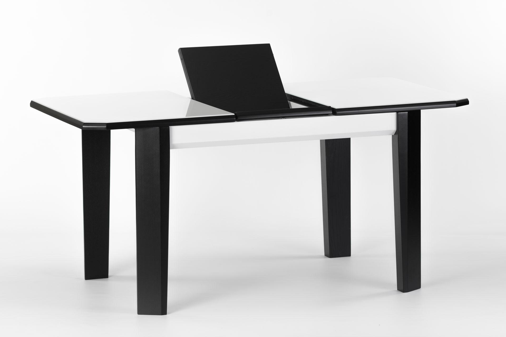 Деревянный кухонный стол Варгас, с черными ножками и белой столешницей с механизмом раскладки