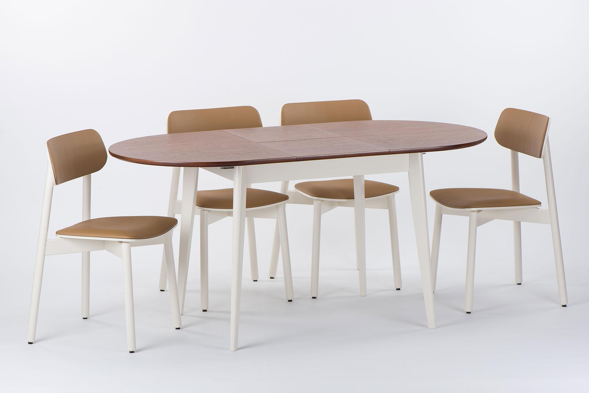 Кухонный комплект: овальный стол Турин и 4 белых с коричневой спинкой и сиденьем стула Х