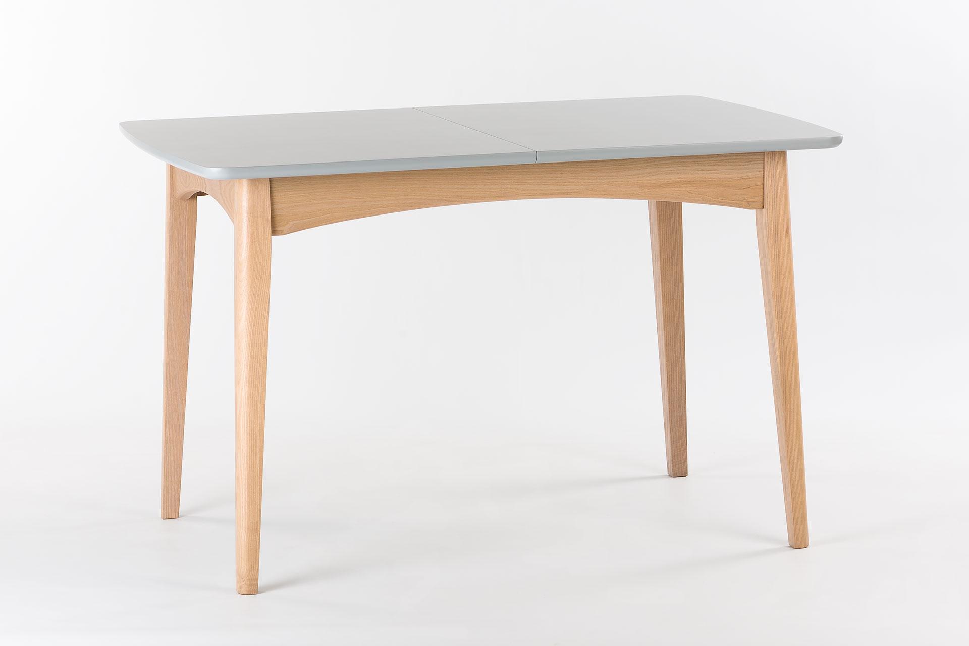 """Раскладной кухонный стол """"Венти"""" - прямоугольная столешница с раскладным механизмом, покрыта серой эмалью, цвет RAL-7004. Ножки и царга с твердого дерева, тонированы, цвет SE-7509. Твердое дерево."""