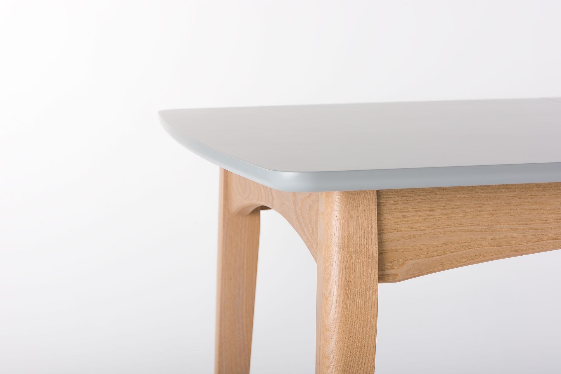"""Скругленный угол столешницы кухонного стола """"Венти"""""""