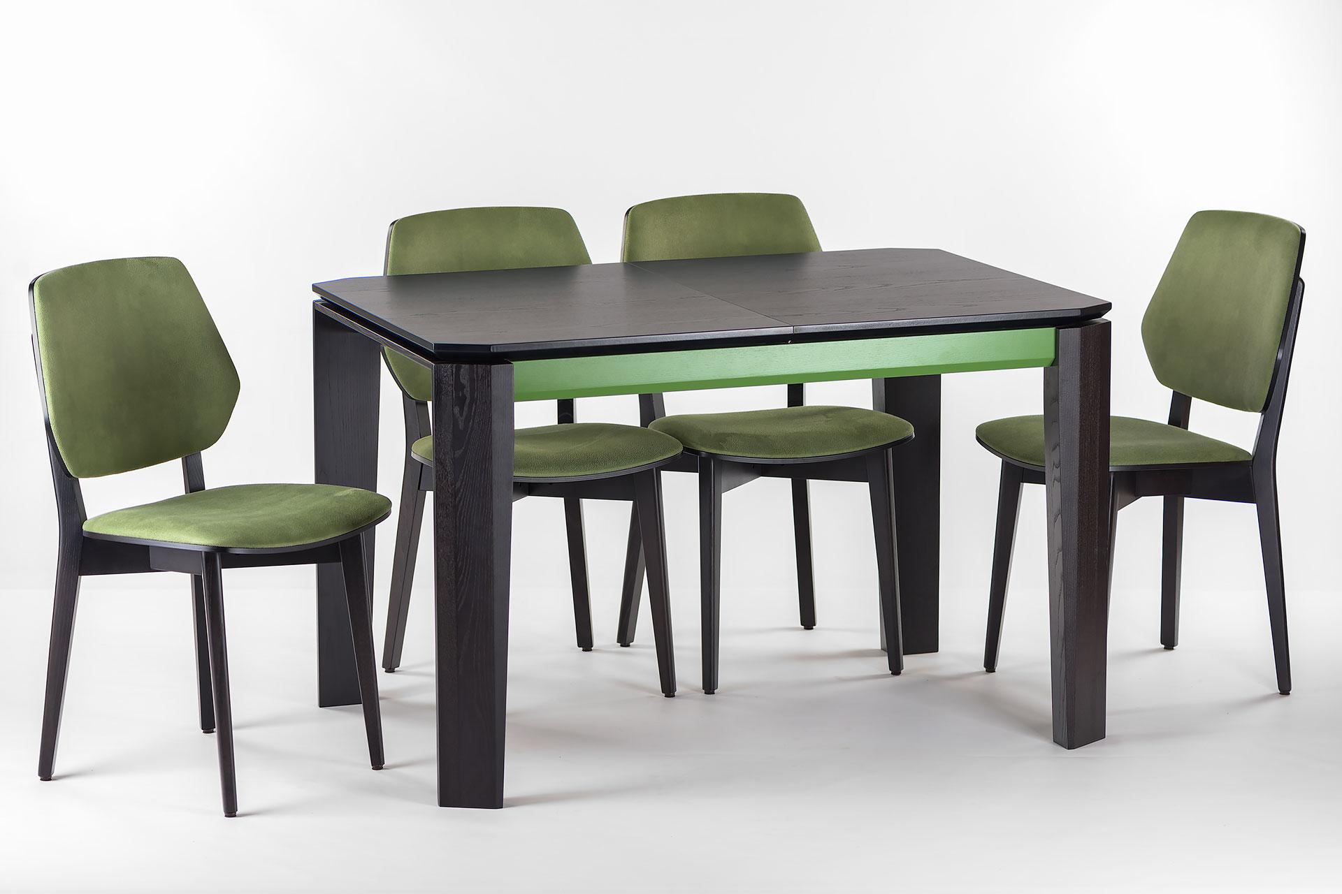 """Кухонный комплект: раскладной стол """"Варгас"""" черно-зеленый (столешница шпонированная) + 4 стула 03В, черный каркас с зеленой мягкой спинкой и сиденьем со штучной замши"""