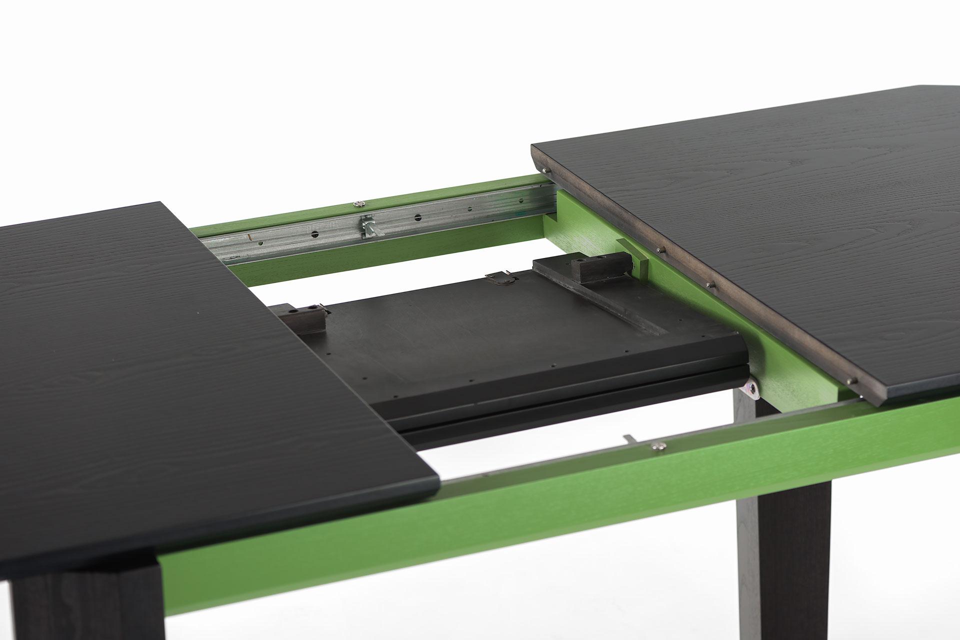 """Раскладной механизм кухонного стола """"Варгас"""" черно-зеленый, шпонированная столешница, твердое дерево, цвет изделия SE7059 / Каркас RAL 6011 (разложенный)"""