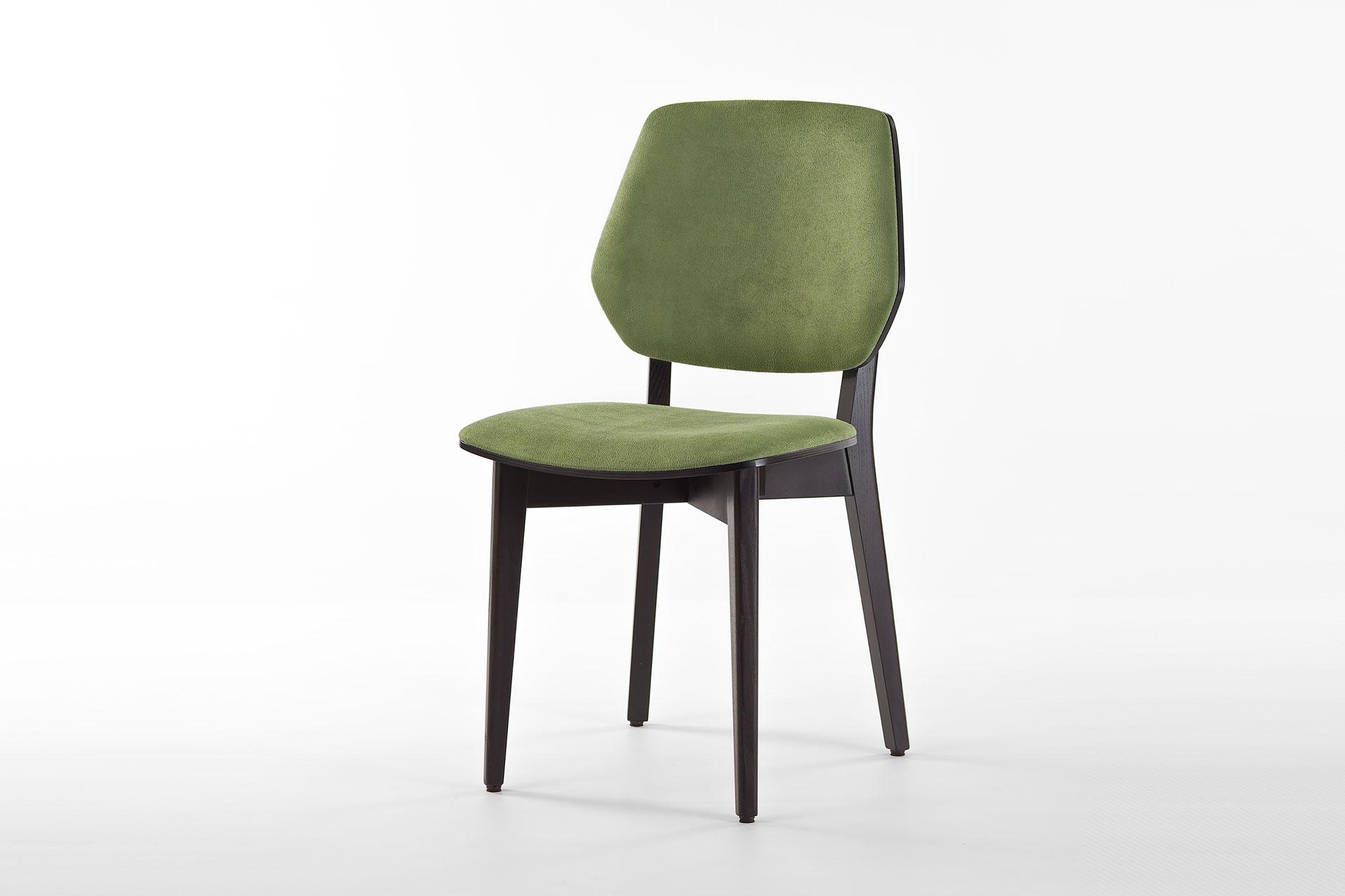 Кухонний стілець 03В чорно-зелений, м'які сидіння та спинка з штучної замші Exim Mustang Light Green, тверде дерево, колір виробу SE7059