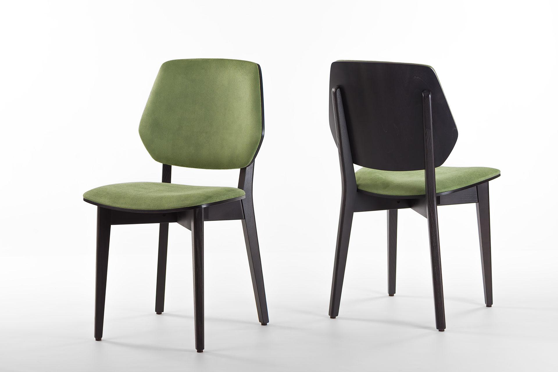 Кухонный стул 03В черно-зеленый, с мягкими сиденьем и спинкой из искусственной замши, Exim Mustang Light Green твердое дерево, цвет изделия SE7059 (два стула)
