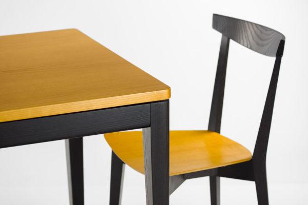 """Розкладний, прямокутний кухонний стіл """"Фішер"""" з чорним каркасом та тонованною стільницею + стілець"""