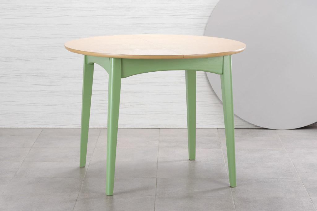 """Круглый кухонный стол """"Венти"""" из твердого дерева - зеленый каркас, тонированная столешница"""