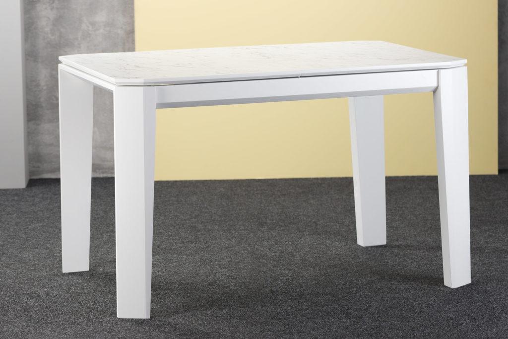 """Кухонний білий стіл """"Варгас оновлений"""" - прямокутна розкладна НРL-стільниця, ніжки та йарга з твердого дерева, залиті білою емалллю"""