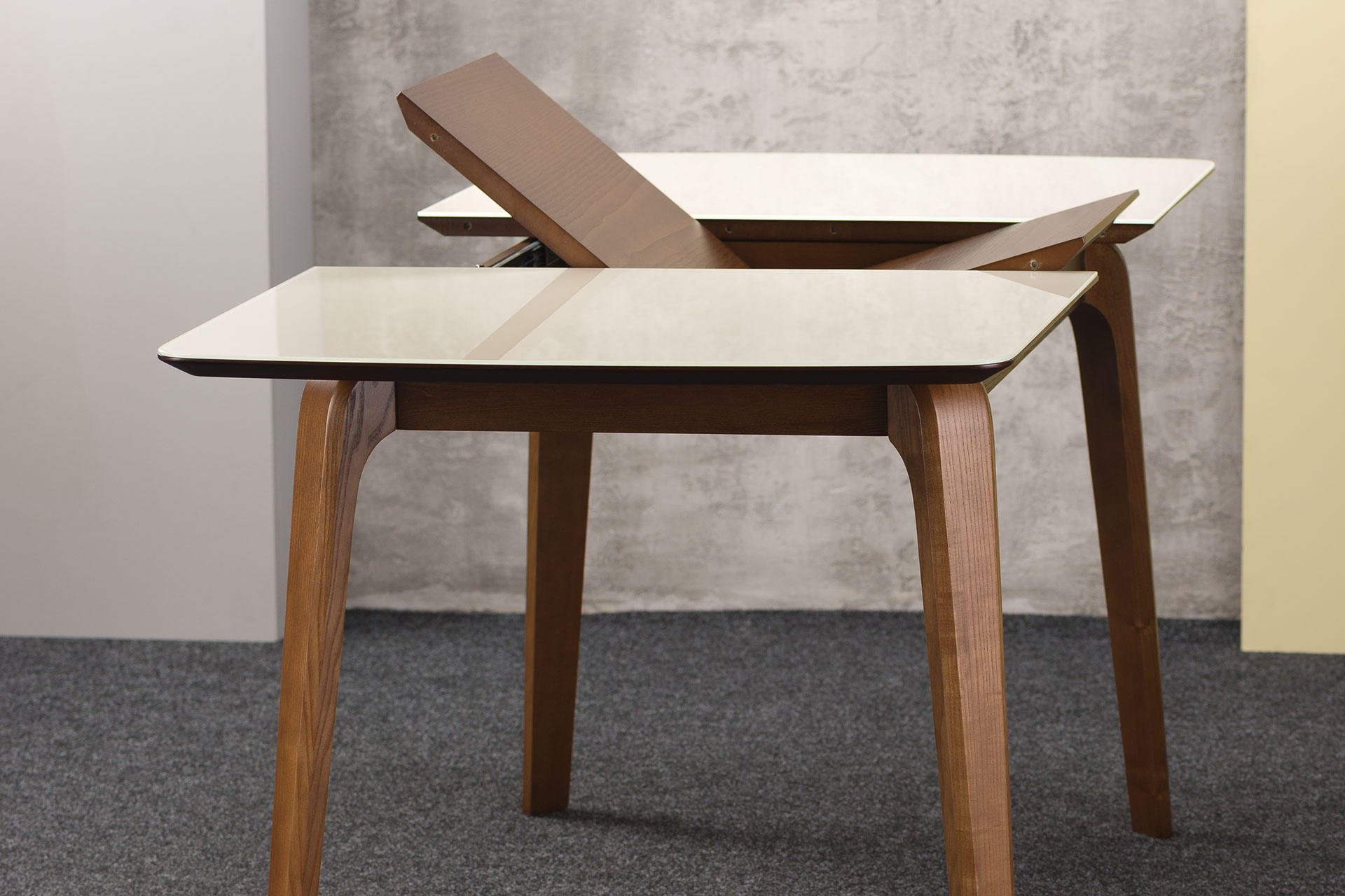 Прямоугольный кухонный стол