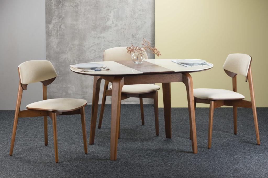 """Розкладний овальний кухонний стіл """"Спейс"""" бежева стільниця зі штучного каменю + 4 стільця """"Корса"""" бежева оббивка велюр. Розкладений"""