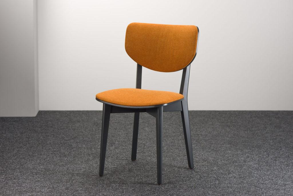 """Кухонний стілець """"03А"""" графітового кольору, з м'якою помаранчевою оббивкою (рогожка Fabriclab Admiral 9)"""