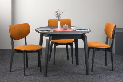 """Круглый кухонный стол """"Спейс"""" столешница - HPL (черный камень) + 4 стула """"03А"""" с оранжевой рогожкой"""