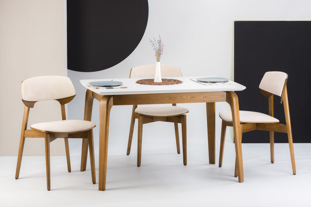 """Раскладной стол """"Спейс"""" с прямоугольной HPL-столешницей, белый Мрамор Леванто HPLF812 st9 + 4 стула """"Корса"""" бежевая велюровая обивка Exim Кордрой 470."""