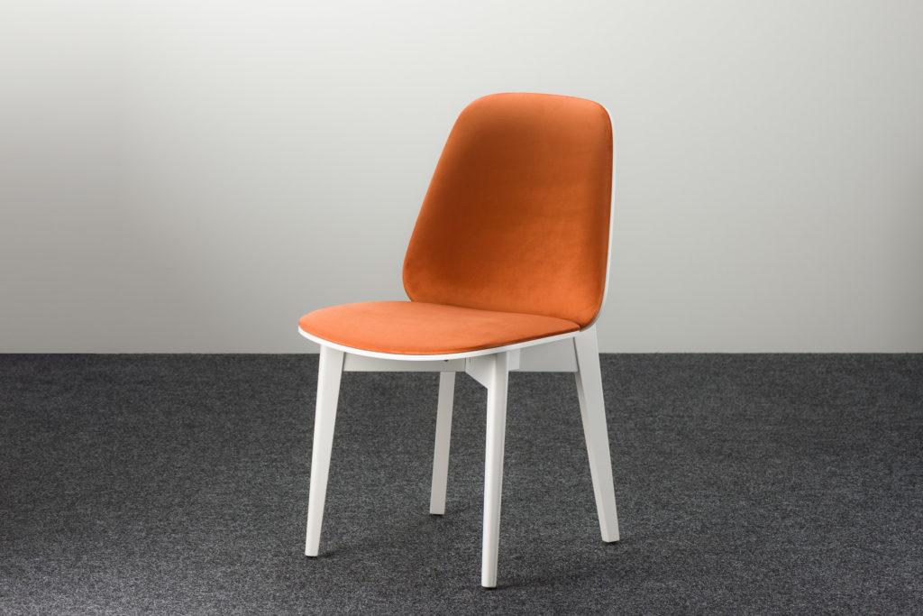 """Кухонный стул """"Пломбир"""" с оранжевой велюровой обивкой"""