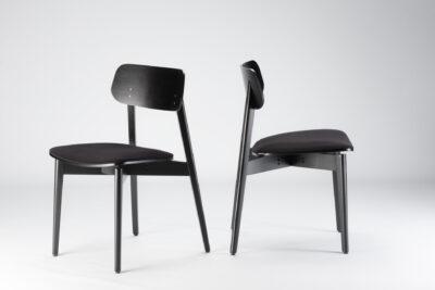 """Кухонный стул """"Корса Х"""" черного цвета RAL 9005, мягкое сиденье, обивка с искусственной замши"""